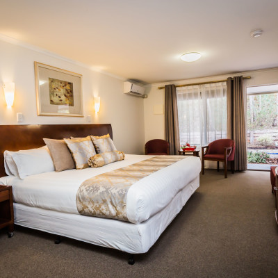 foothills conference centre accommodation standard room