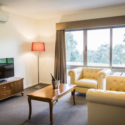 foothills conference centre accommodation